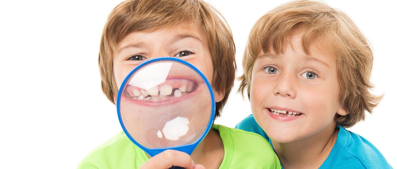 Mut zur Zahnlücke brauchen wir nicht! Unsere Facharztpraxen in Düsseldorf, Mönchengladbach und Meerbusch sorgen für eine 'lückenlose' Versorgung.